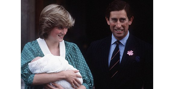 princess-diana-st-marys-hospital-prince-william-062013_0