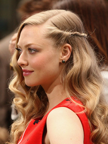 rbk-easy-summer-hairstyles-Amanda-Seyfried-de