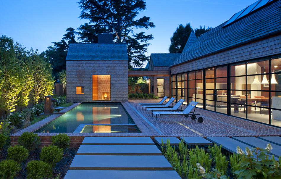 Lounge-Outdoor-Area-Evening