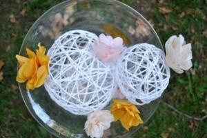 DIY-String-Ball-Chandelier-2