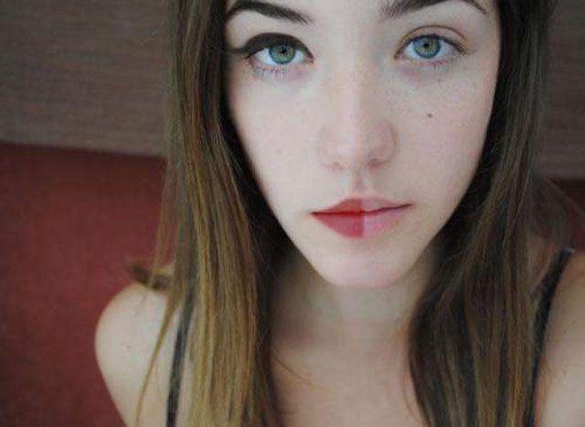Make-up-transformations-half-face13