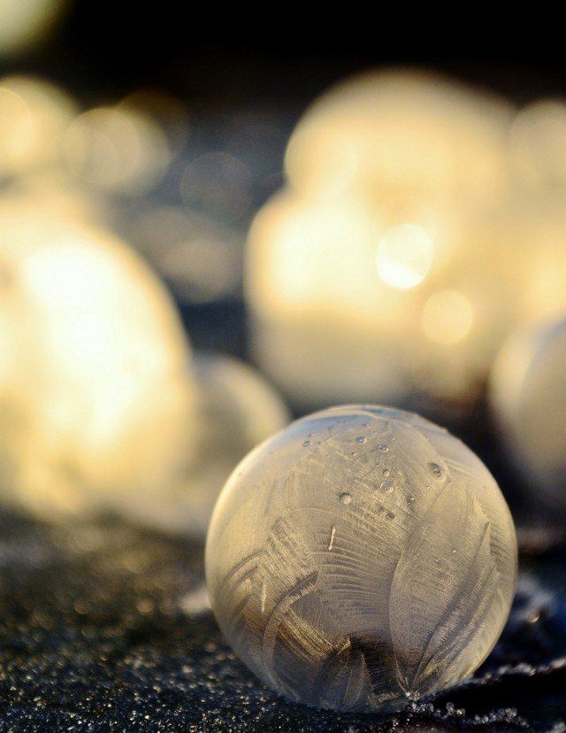 frozen-bubbles-angela-kelly-10-640x828