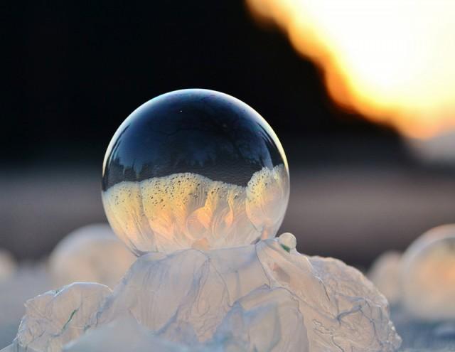 frozen-bubbles-angela-kelly-3-640x495