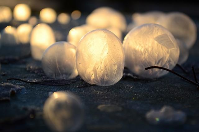 frozen-bubbles-angela-kelly-8-640x426