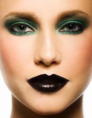 black lip4