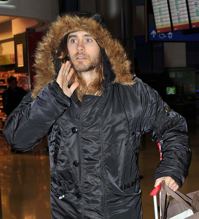 Jared Leto and brother arrive in Ireland