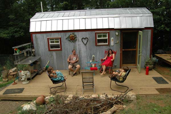 tiny-house-family5
