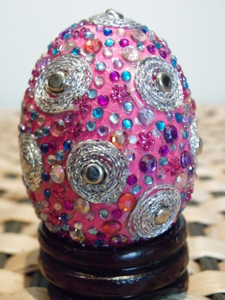free-decorative-easter-egg-craft-instructions1