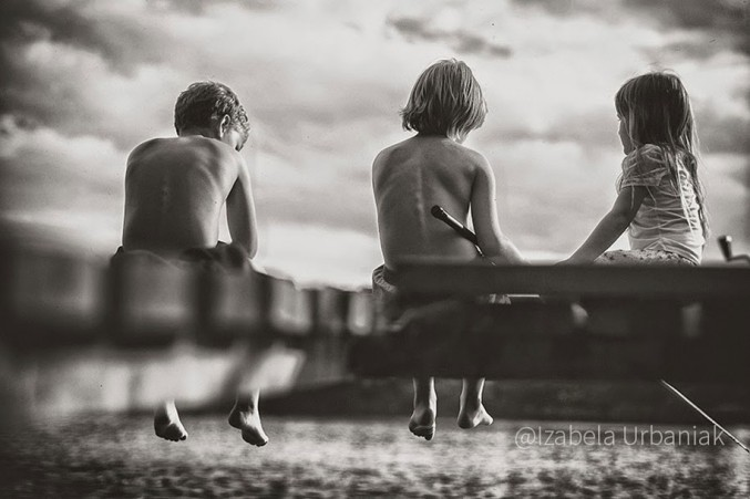 Mother-Children-Summers-In-Poland-2-677x451