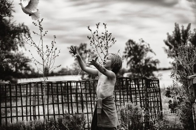 Mother-Children-Summers-In-Poland-22-677x451