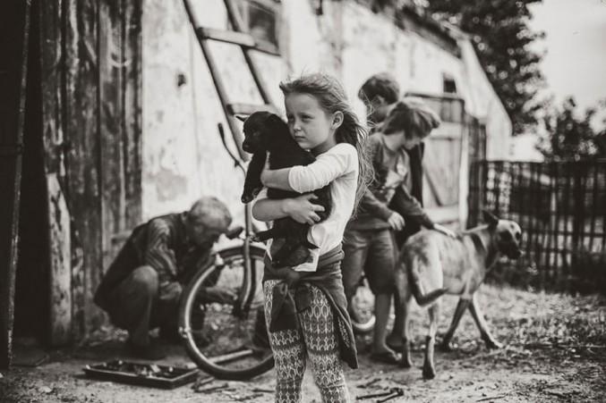 Mother-Children-Summers-In-Poland-24-677x451