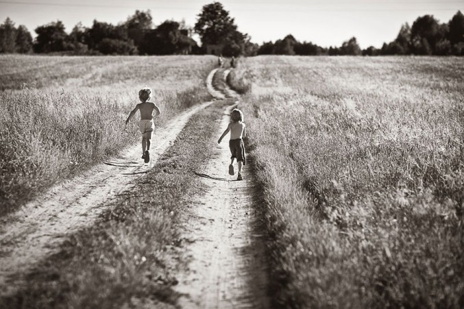 Mother-Children-Summers-In-Poland-29-677x451