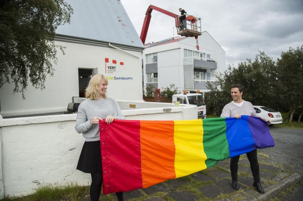 Vert-Gay-Pride-6