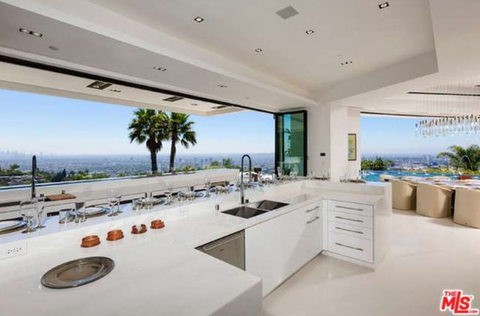 jay-z-beyonce-beverly-hills-home-inside-house-photos-0114-480w