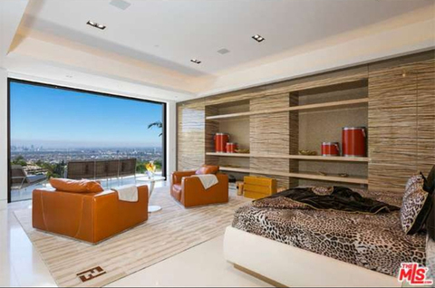 jay-z-beyonce-beverly-hills-home-inside-house-photos-0120-480w