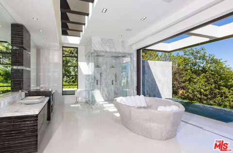 jay-z-beyonce-beverly-hills-home-inside-house-photos-0122-480w