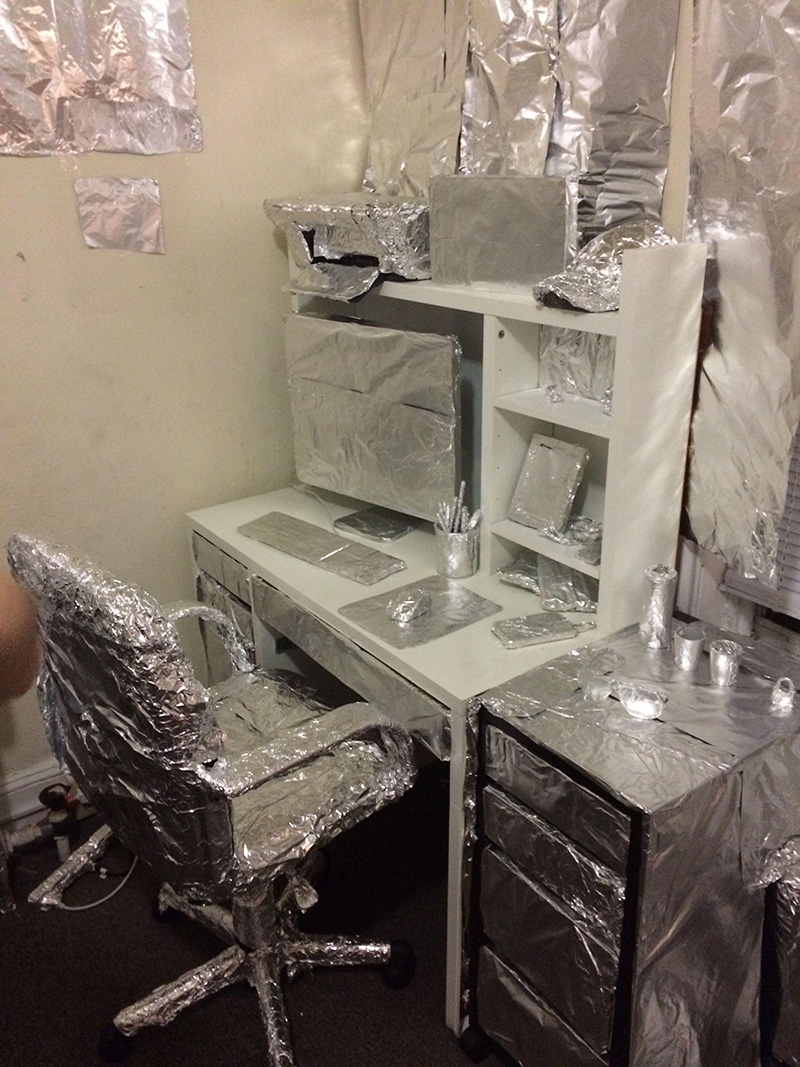 tin foil roommate prank