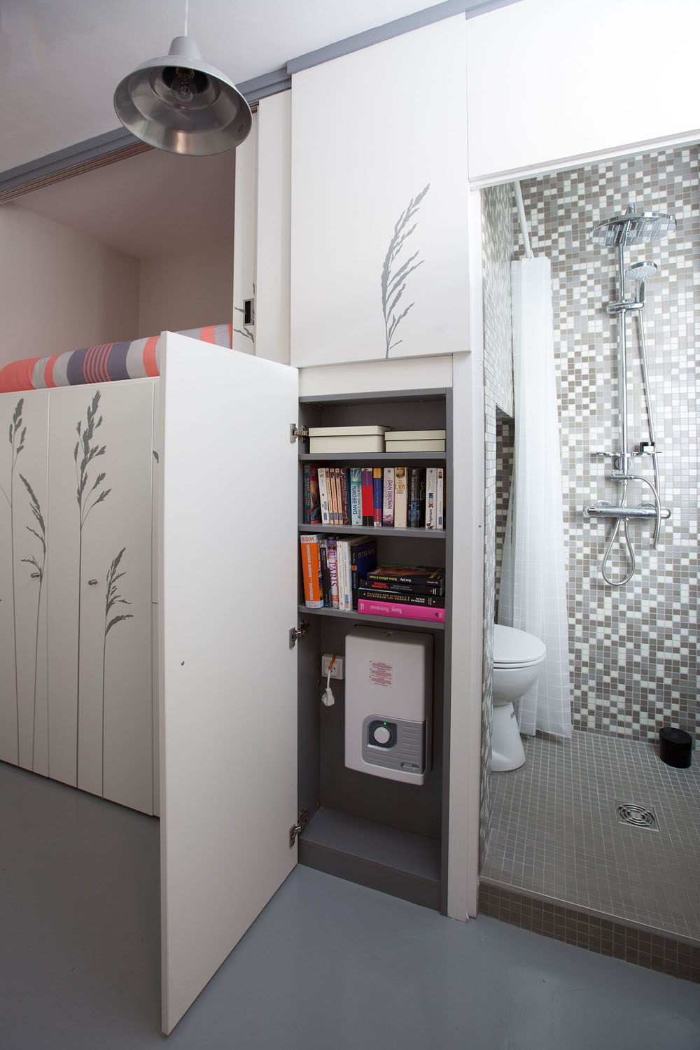 Compact Apartment In Paris by Kitoko Studio 8 Incredibly Small Apartment in Paris Reduces Functions to Minimum