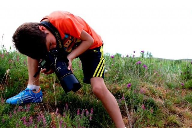 Wildlife-photographer-9yo-wcth05