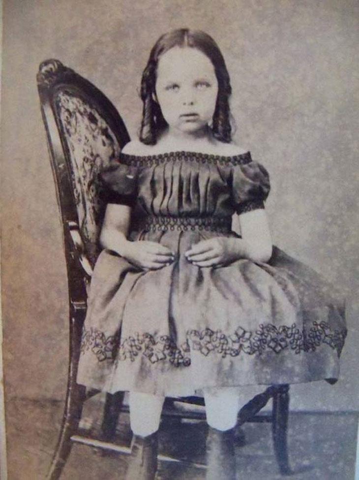 cool-post-mortem-photographs-child-dress