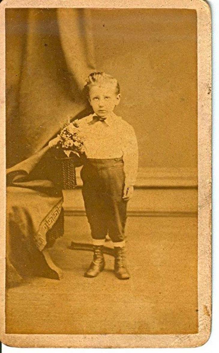 cool-post-mortem-photographs-child