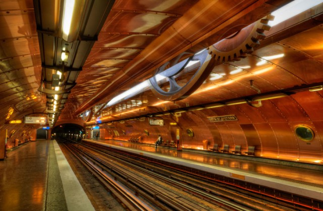 impressive-metro-subway-underground-stations-40__880