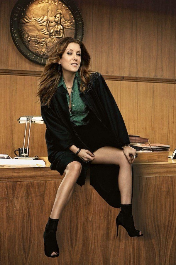 Whatever unmitigated disaster happened to Kate Walsh's legs in this promo photo for Bad Judge.