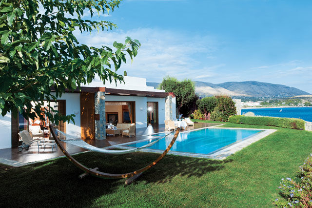 1423783354-nrm_1423692745-the-royal-villa-12