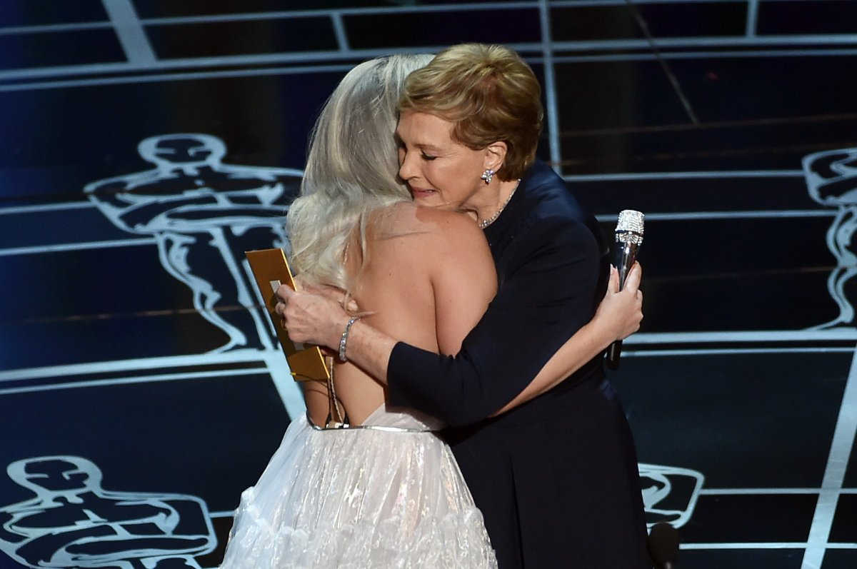 even-julie-andrews-was-moved-by-gaga