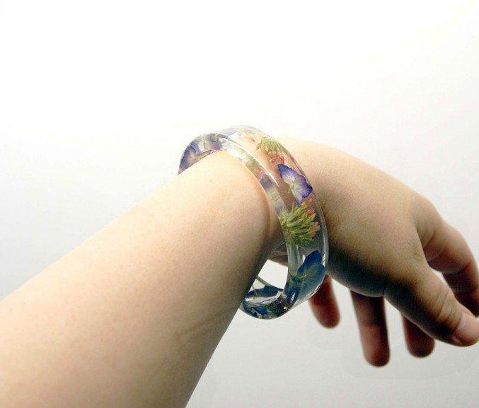 handmade-resin-flowers-bracelets-14
