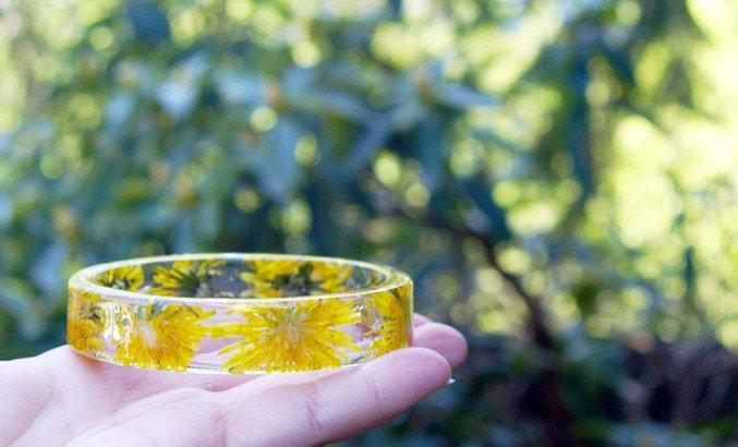handmade-resin-flowers-bracelets-8