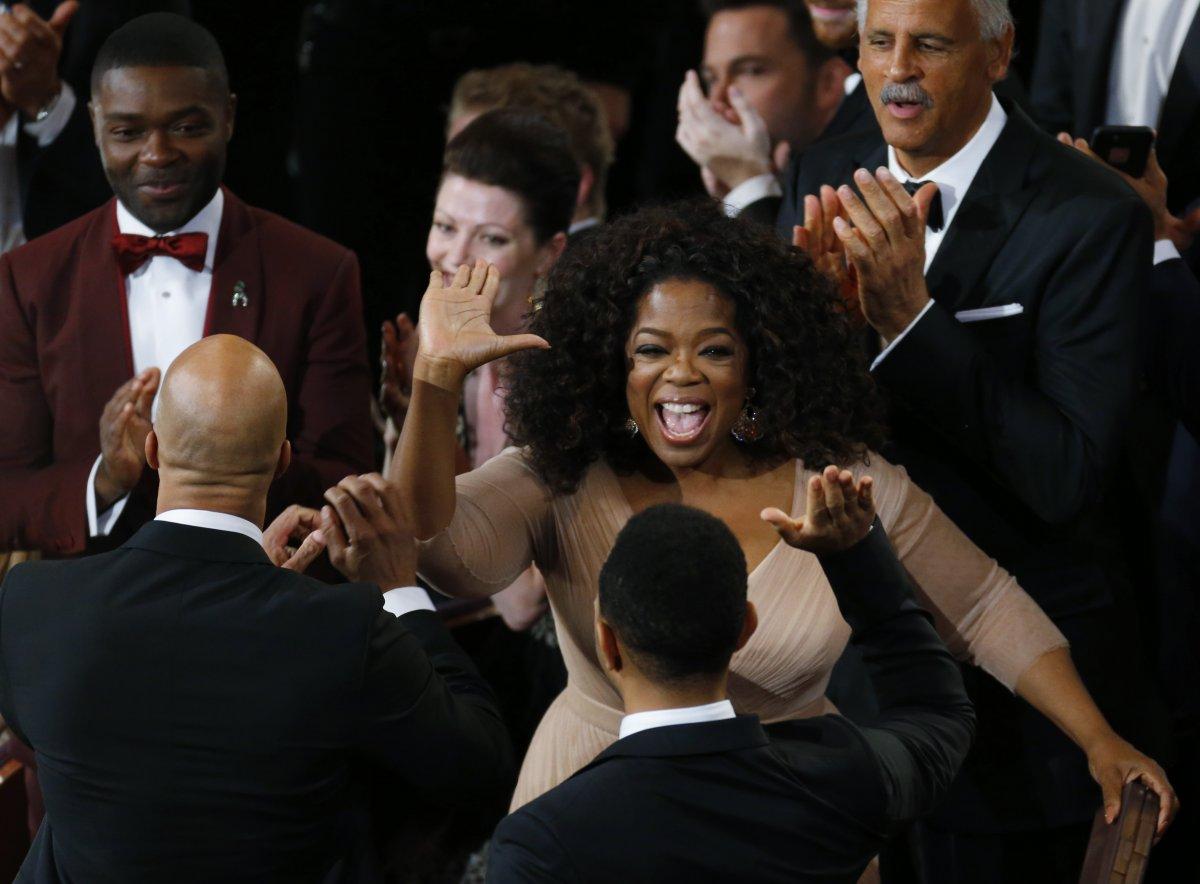 oprah-high-fived-john-legend-on-his-oscar-win-for-best-original-song