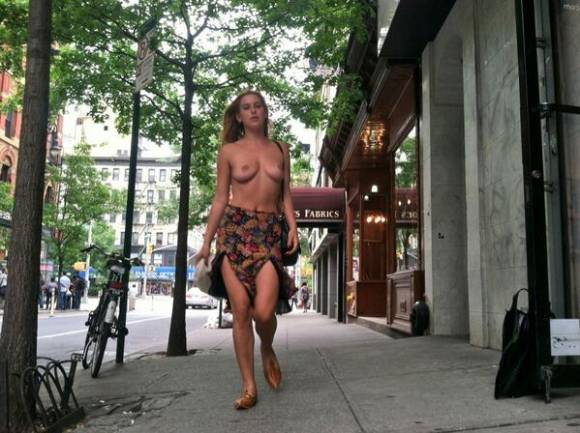 scout-willis-naked-nyc-uncensored-01__oPt