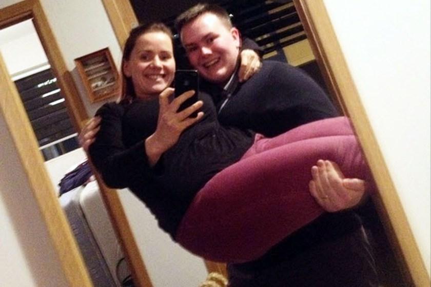 Woman Lost 50 Kilos With Selfie Diet