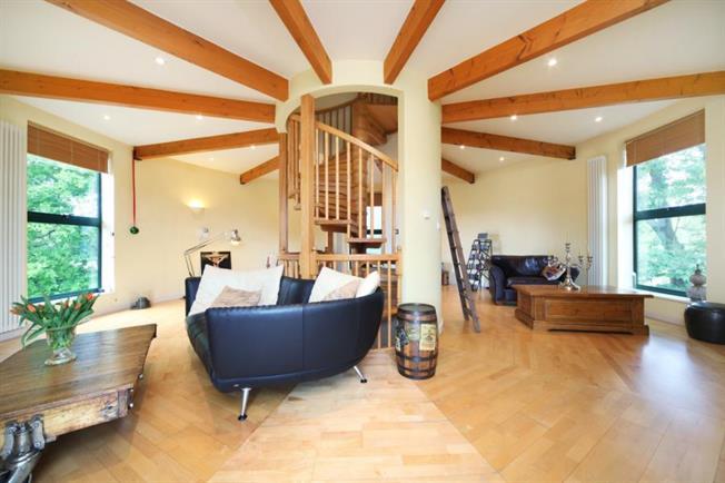 1428090213-teal-silo-house-5-de