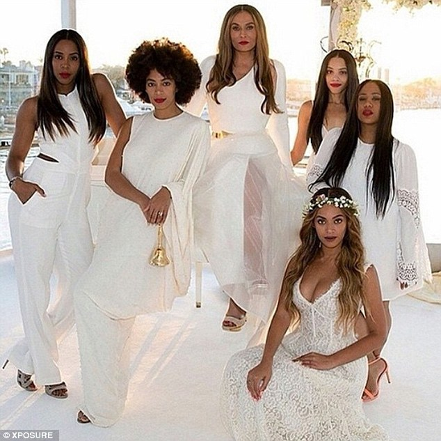 27E644CC00000578-3054491-Special_occasion_Beyonce_bottom_right_looked_incredible_at_her_m-a-111_1429905315364
