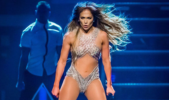 Jennifer-Lopez-s-recent-stage-antics-have-angered-officials-in-Morocco-581856