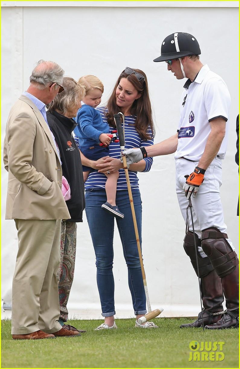 prince-george-kicks-the-polo-ball-with-mom-kate-middleton-06
