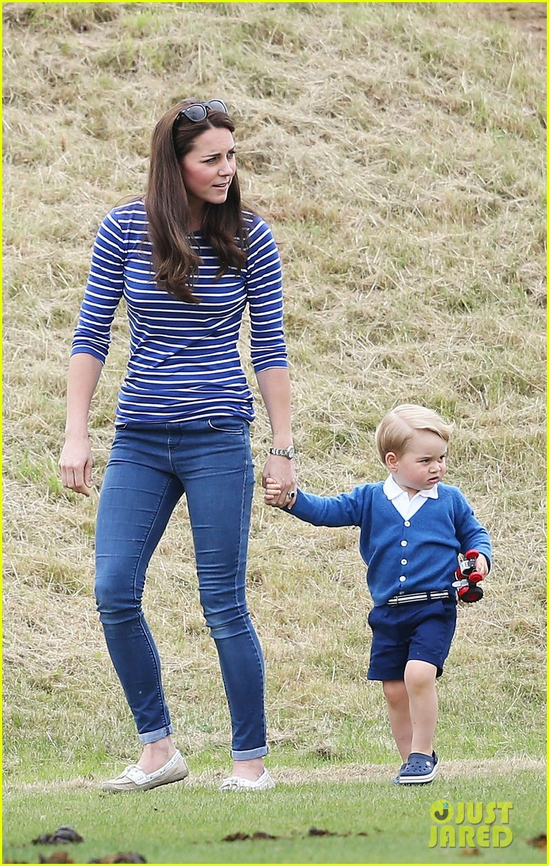 prince-george-kicks-the-polo-ball-with-mom-kate-middleton-10