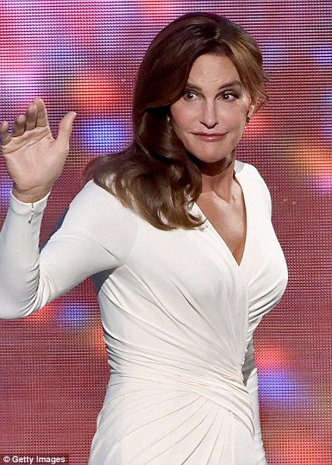 2A92852200000578-3152418-Courage_award_Caitlyn_Jenner_accepted_the_Arthur_Ashe_Courage_Aw-a-70_1437038353203