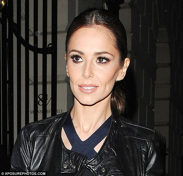 2ADFE9B000000578-0-Cause_for_concern_Cheryl_Fernandez_Versini_showed_off_her_notabl-m-43_1438071640852