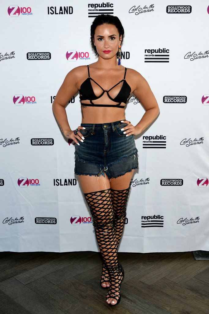 Demi-Lovato-Tiny-Bikini-Top (1)