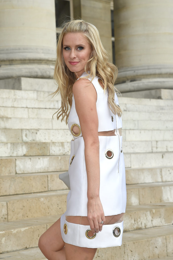 Nicky-Hilton-Wardrobe-Malfunction-Paris-Fashion-Show