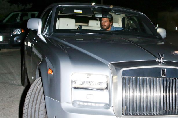 PAY-First-glimpse-after-weeks-of-party-animal-Scott-Disck-out-at-night-in-Beverly-Hills-after-dramatic-breakup-with