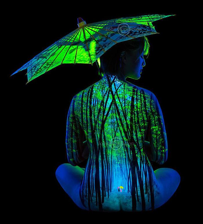 body-painting-uv-light-bodyscapes-john-poppleton-14