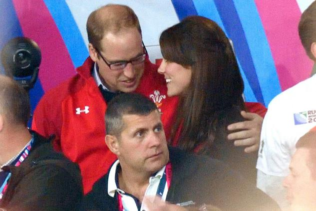 1443348011_wills-kate-rugbyL