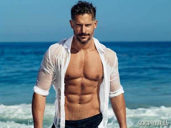 joe-manganiello-shirtless-people-07182014-lead1-600x450
