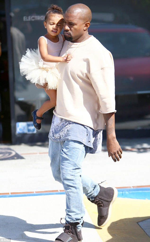 2D49028E00000578-3274680-Stepping_in_Kanye_West_has_reportedly_been_taking_care_of_his_da-m-21_1444935867663