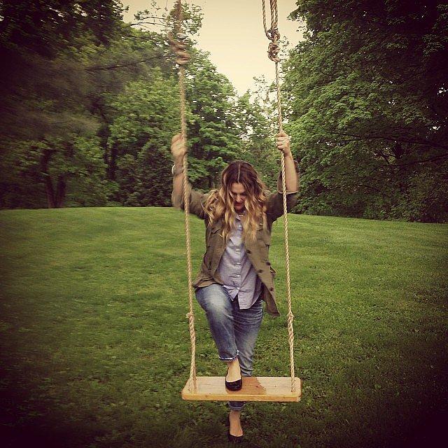 Drew-Barrymore-got-swing-things