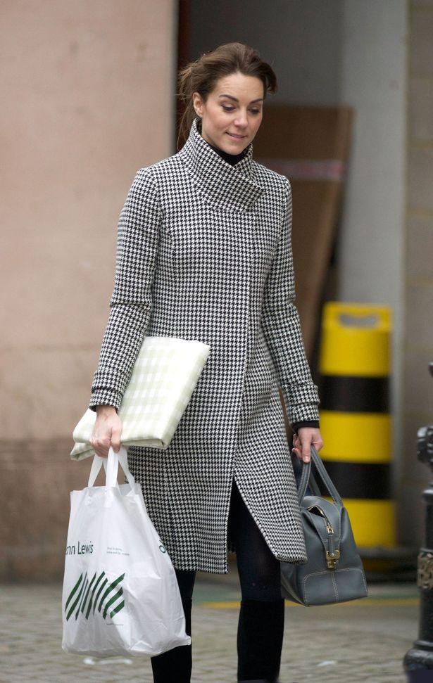 PAY-Duchess-of-Cambridge (2)